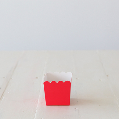 Scalloped Box &#8211; Red