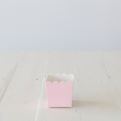 Scalloped Box – Pink