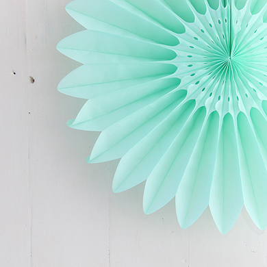 Honeycomb Paper Fan – Mint Green – Small