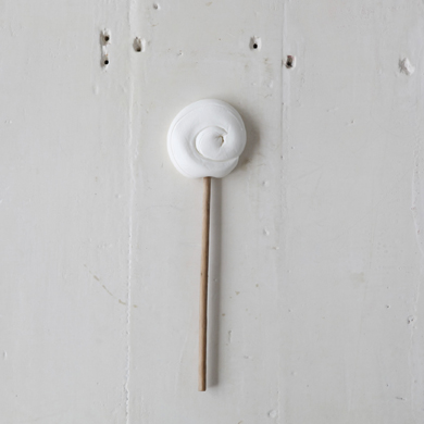 Plain Round Lollipop &#8211; White
