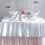 Giveaway – Win a gorgeous ruffle tablecloth