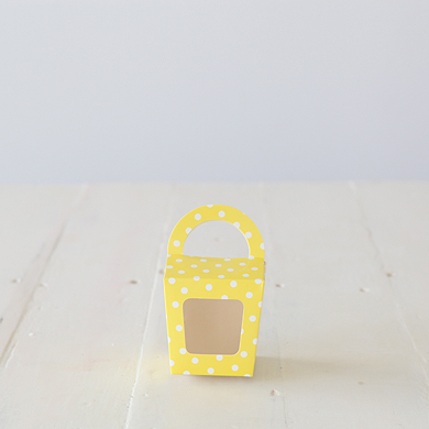 Cupcake Candy Favour Box &#8211; Yellow Spot
