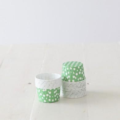Baking Candy Cups – Green Dot