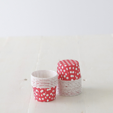 Baking Candy Cups – Red Dot