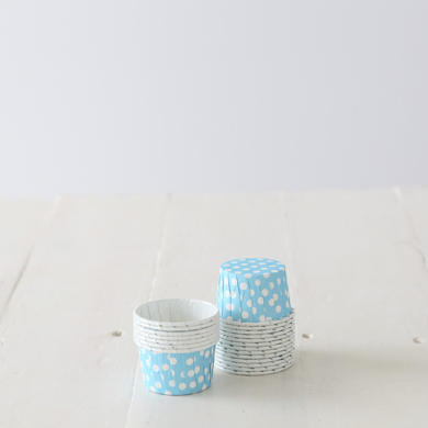 Baking Candy Cups – Light Blue Spot